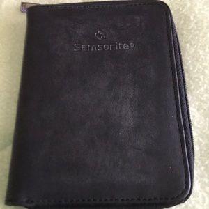 Vintage Samsonite Men's Leather Travel Wallet